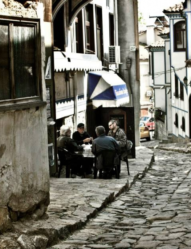 People and streets in Plovdiv (photo gallery)